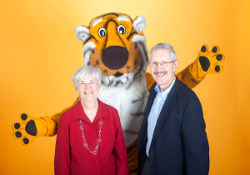 Retired MU faculty, Carol and Dick Dowdy